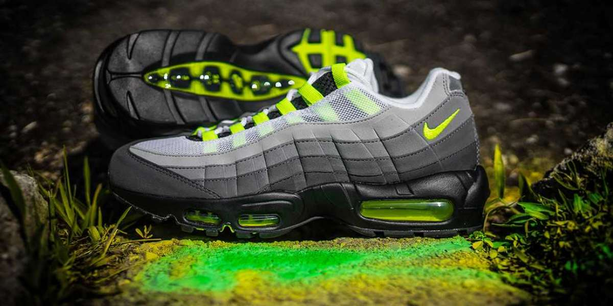 """Nike Air Max 95 """"Neon"""" CT1689-001 Released On December 17"""